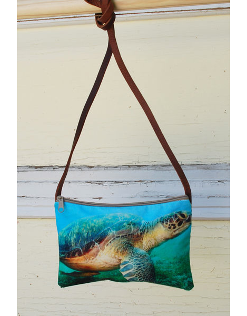 Art Studio Company Cross-Body Bag (H)-Sea Turtle