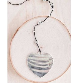 "Bali Queen Necklace-Silver Alloy Hammered Heart (40"")"