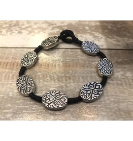 "Bali Queen Bracelet-Silver Etched Arabesque Oval (7"")"