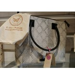 Le Papillon Handbag-Cotton Rug, Ivory & Grey Wave Pattern