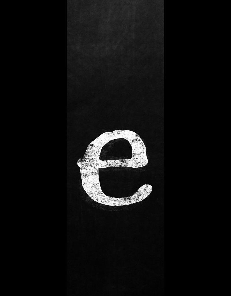 Ginger Blue Magnet-Chalk Letter - E (lower)
