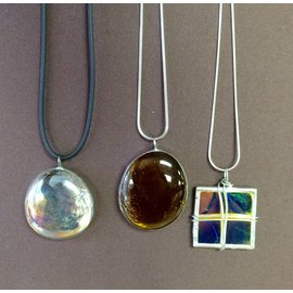 SB Creative Glass Bouble Necklace