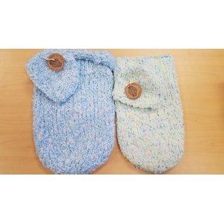 White Mountain Yarnery Crochet Baby Set:Hat/Cocoon Blanket