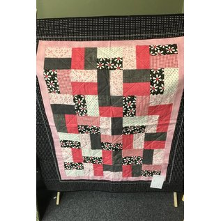Cynthia Johnson Pink / Black Quilt