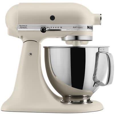 KitchenAid Stand Mixer Artisan 5 Qt Fresh Linen KSM150PSFL