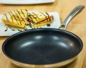 Fry Pans & Skillets
