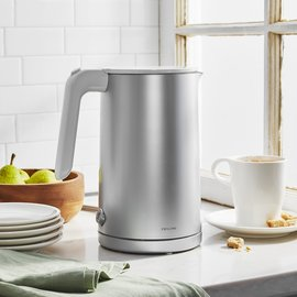 Zwilling J.A. Henckels Zwilling Enfinigy Cool Touch Electric Kettle Silver