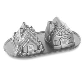 Nordic Ware Nordic Ware Bundt Gingerbread House Duet Pan 5 Cup