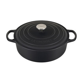 Le Creuset Le Creuset Signature Round Wide Dutch Oven with Stainless Steel Knob 6.75 Qt Licorice