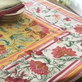 Mahogany USA Mahogany Bano Yellow Tablecloth 60 in. x 90 in.