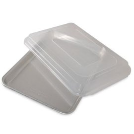 Nordic Ware Nordic Ware Bakers Quarter Sheet with Storage Lid SLOW SELLER