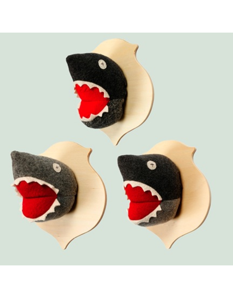 Cate & Levi Cate & Levi Shark Plaque