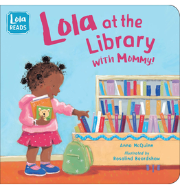 Random House Lola at the Library with Mommy (Board Book)