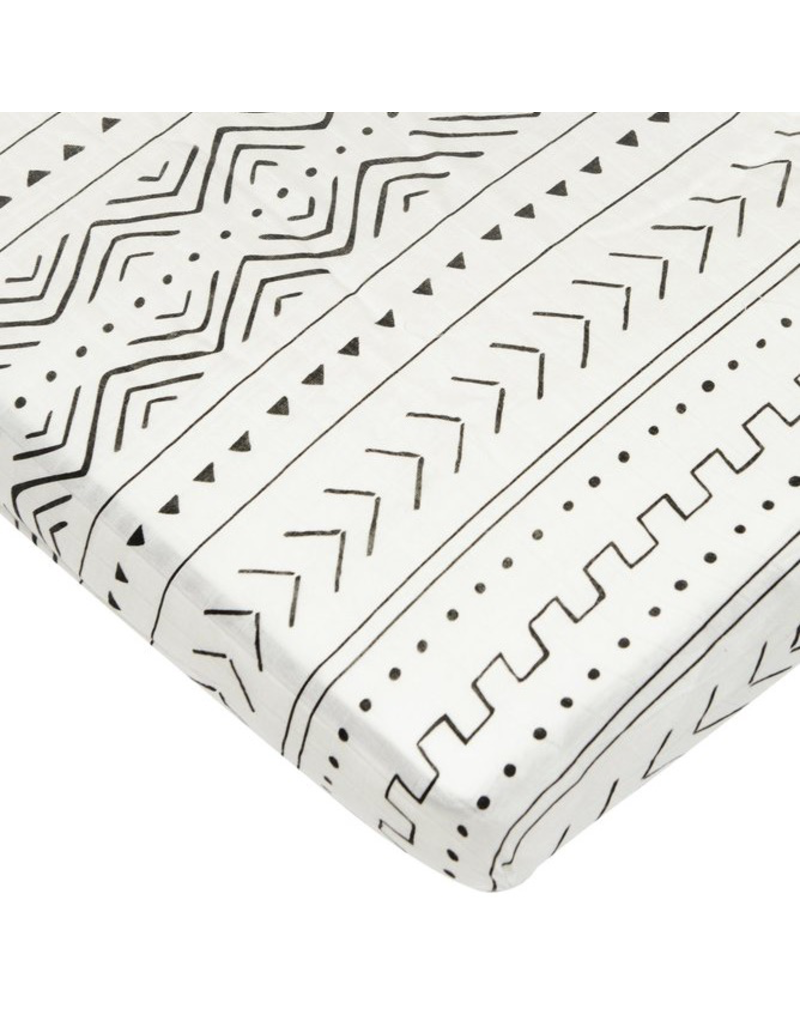 Loulou Lollipop White Mudcloth Fitted Crib Sheet