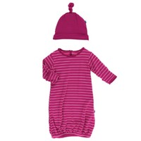 KICKEE PANTS PRINT LAYETTE GOWN SINGLE KNOT HAT SET IN TOKYO DRAGONFRUIT STRIPE