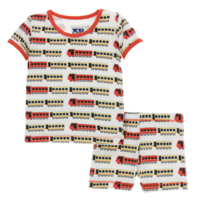 KICKEE PANTS PRINT SHORT SLEEVE PAJAMA SET WITH SHORTS IN NATURAL INDIAN TRAIN