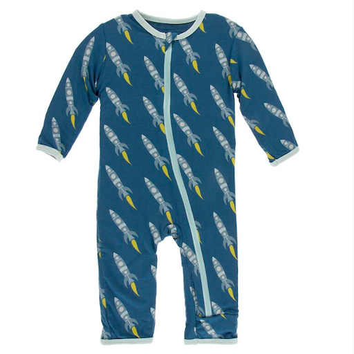 KICKEE PANTS PRINT COVERALL WITH ZIPPER IN TWILIGHT ROCKETS