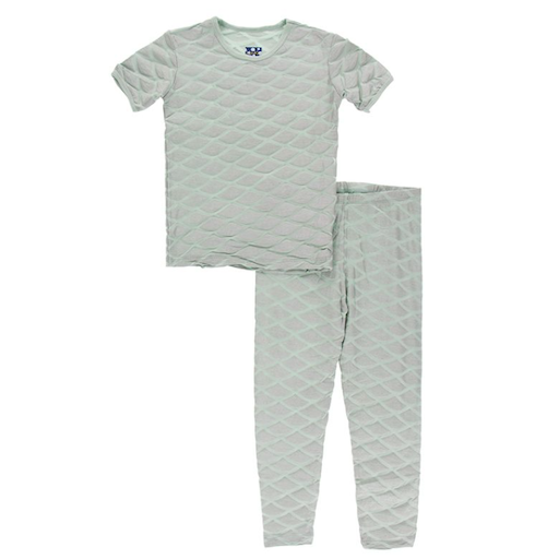 KICKEE PANTS KICKEE PANTS PRINT SHORT SLEEVE PAJAMA SET IN IRIDESCENT MERMAID SCALES