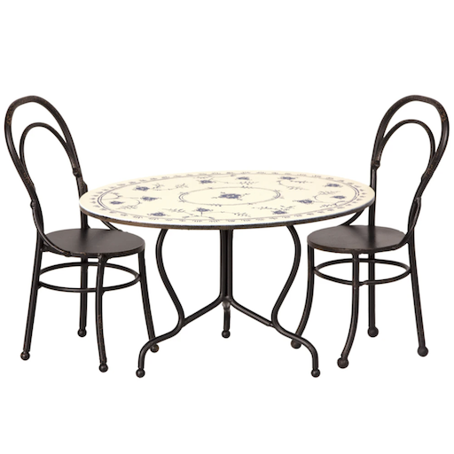 MAILEG DINING TABLE SET W/ 2 CHAIRS