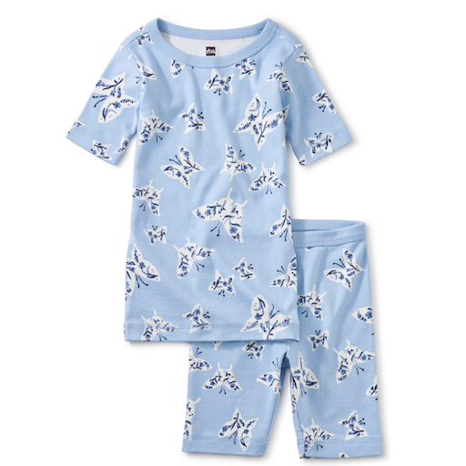 TEA IN YOUR DREAMS PRINTED SHORTS PAJAMA SET IN FLORAL FLUTTER