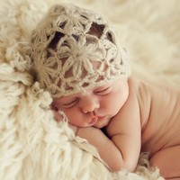 THE BLUEBERRY HILL DAISY MOHAIR HAT