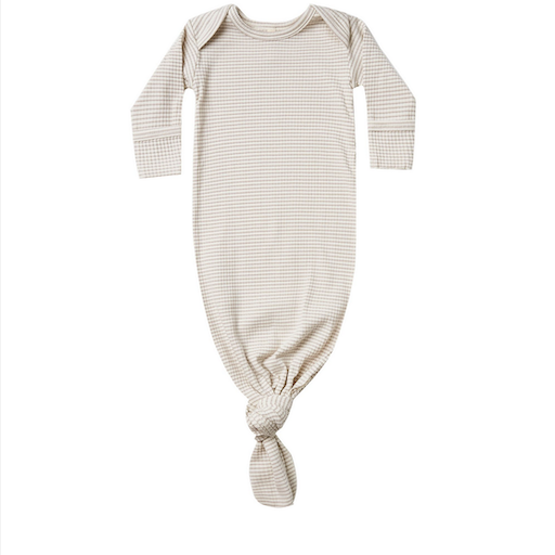 QUINCY MAE RIBBED KNOTTED BABY GOWN IN ASH STRIPE