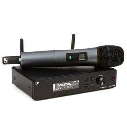 Sennheiser - XSW 2-835 Wireless Handheld Microphone System - A Range
