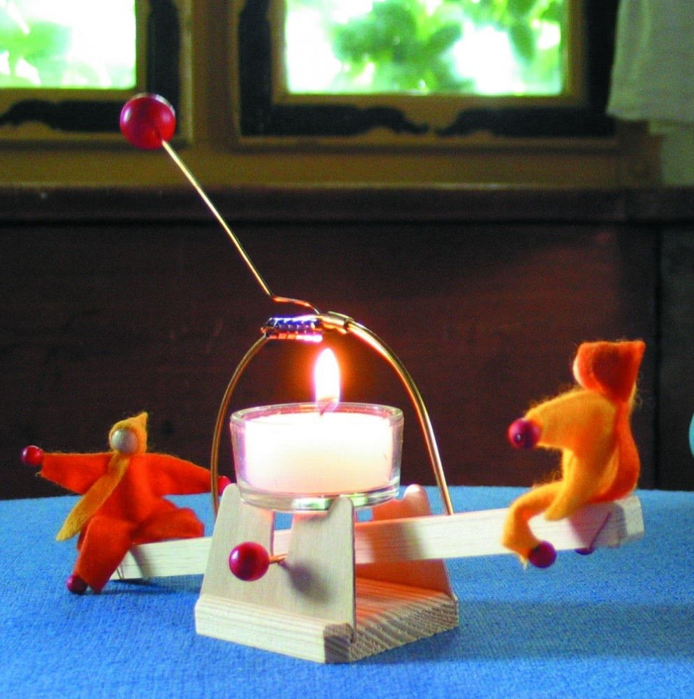 Kraul Candle See-Saw kit with dolls