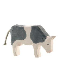Ostheimer Cow B&W Eating