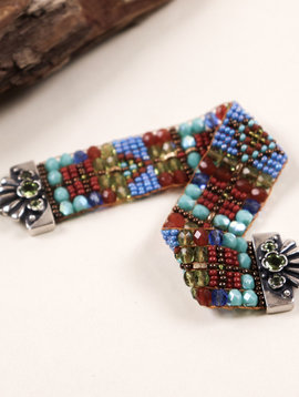 Peyote Bird Designs Chili Rose Green Stone Clasp Bracelet