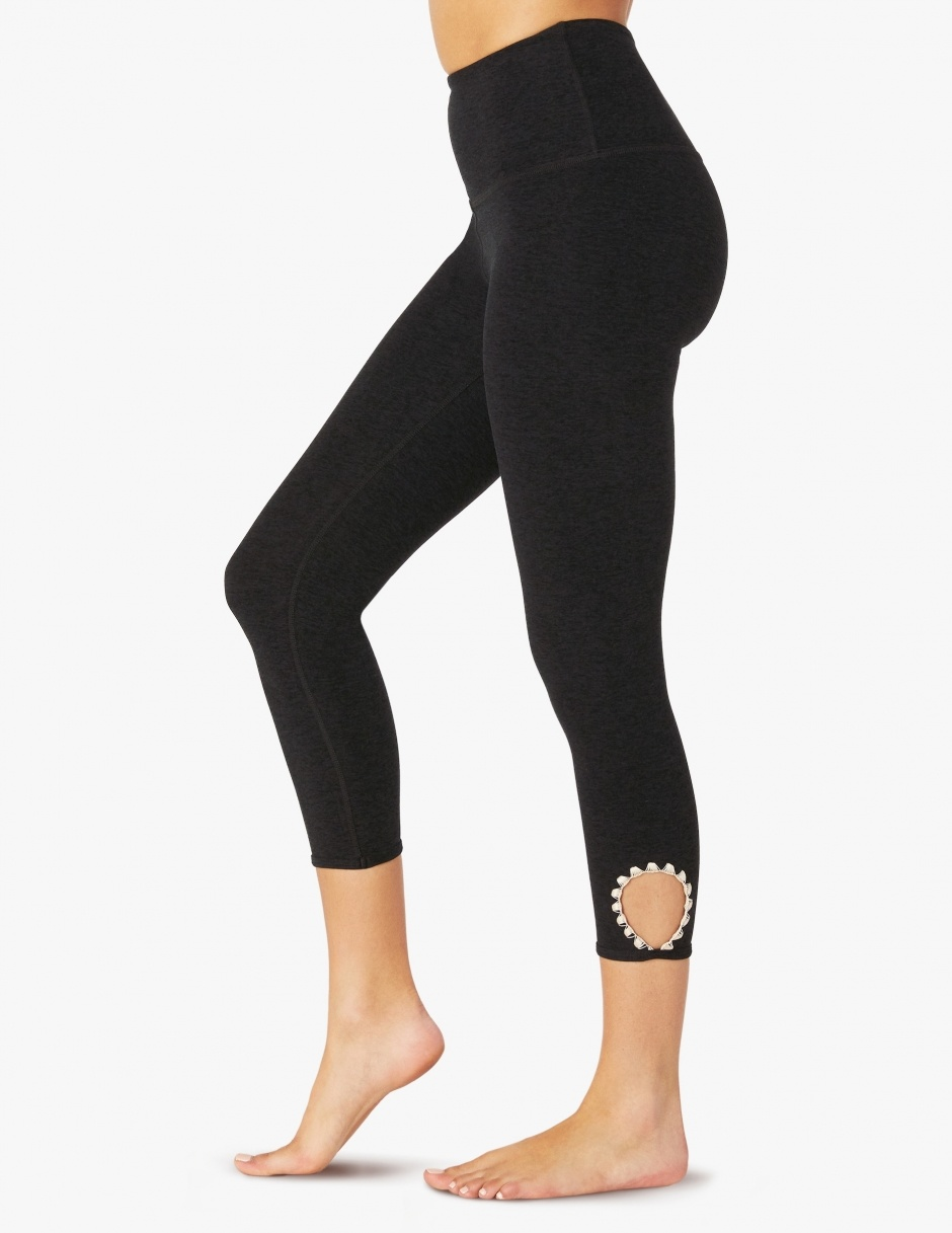 Beyond Yoga Spacedye Blanket Stitch High Waist Capri Legging