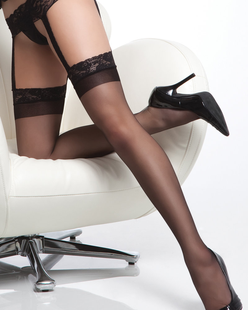 Sheer Lace Top Thigh Highs