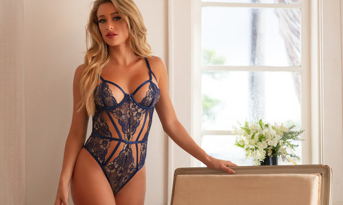 TOP TIPS ON STYLING SHEER LINGERIE