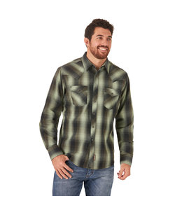 Wrangler Men's Retro Long Sleeve With Contrast Trim Western Snap Plaid Shirt MVR544G