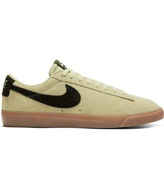 Nike SB Zoom Blazer Low GT Shoes