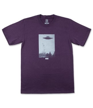 Theories Skateboards New York Harbor Heavy Duty T-Shirt