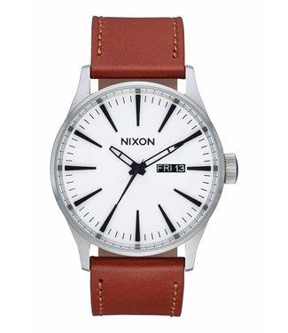 Nixon Sentry Leather White Sunray / Saddle 42mm Watch