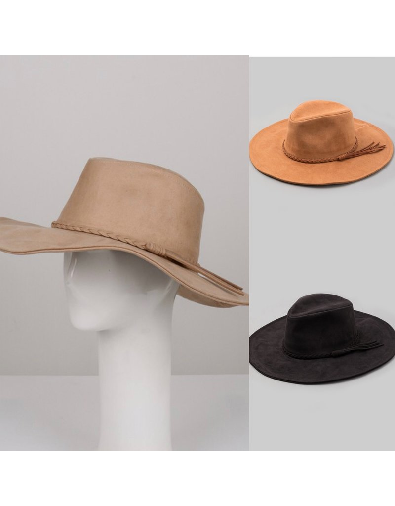 FAME Faux Suede Hat