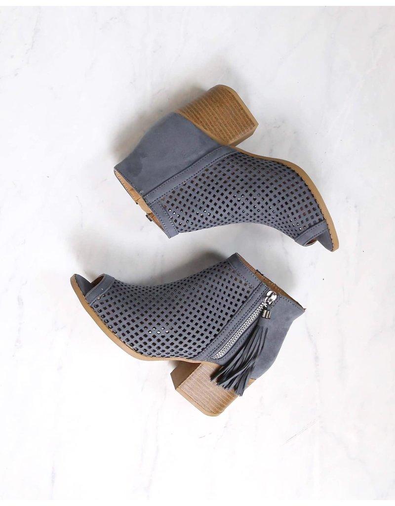 Qupid Core Booties - Steel Grey
