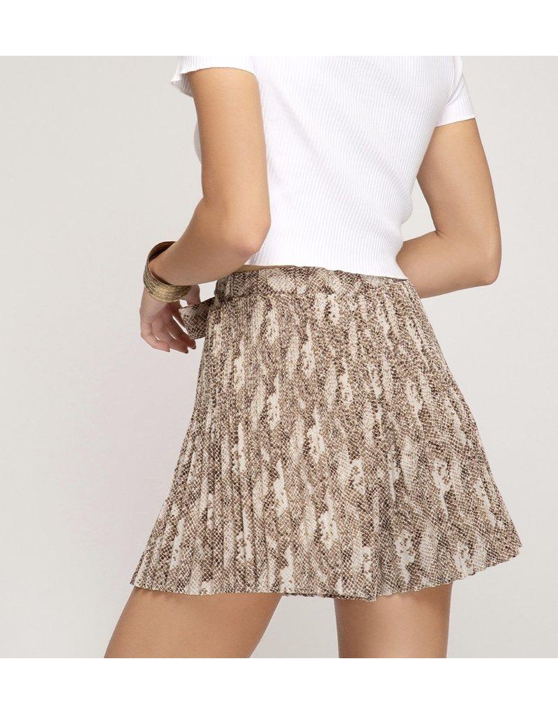 Pleated Snake Skin Shorts - Mocha