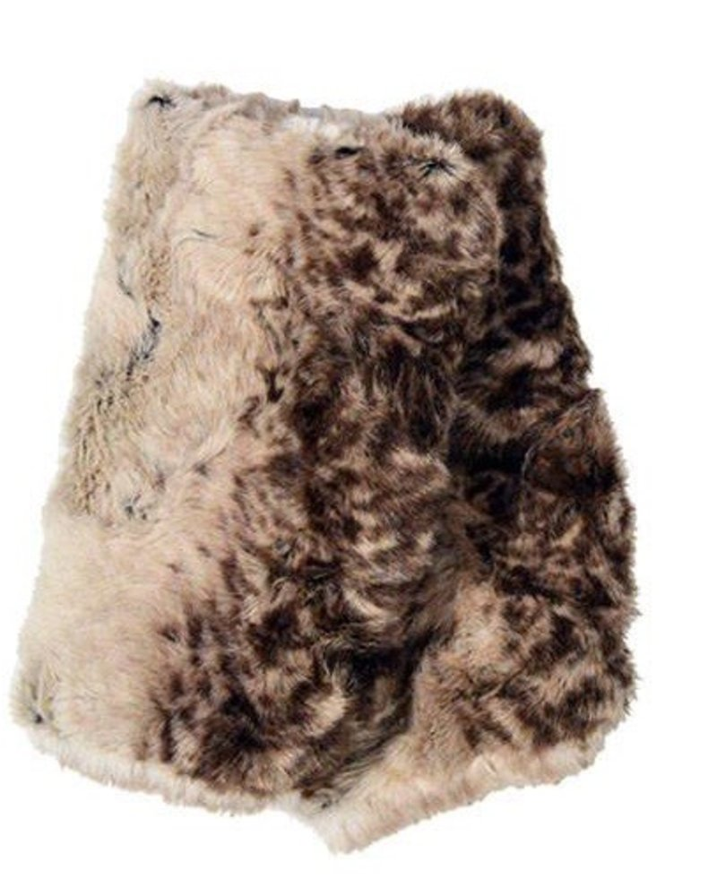 FINGERLESS/ SHORT LUXURY FAUX FUR IN FAWN