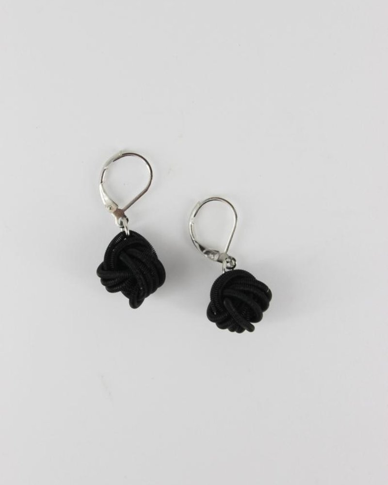 Black knot piano wire earrings