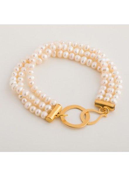 verdigris Triple mother of pearl bracelet