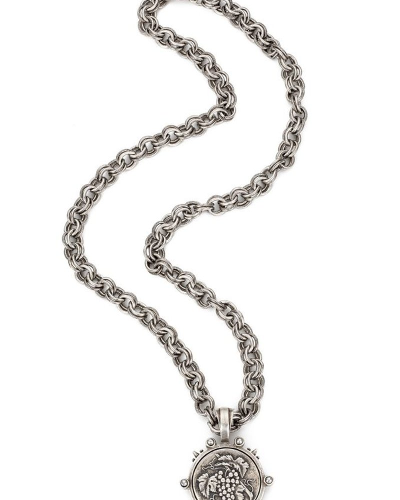 """French Kande Provence 34"""" silver chain with A.Zeller Medalion"""
