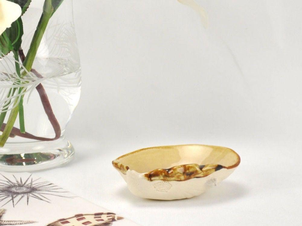 Rare Earth Gallery Dip Bowl (Clam Shell)