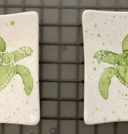 """Rare Earth Gallery Plate, Sea Turtle (MINI, Green, 4.5"""" Sq)"""
