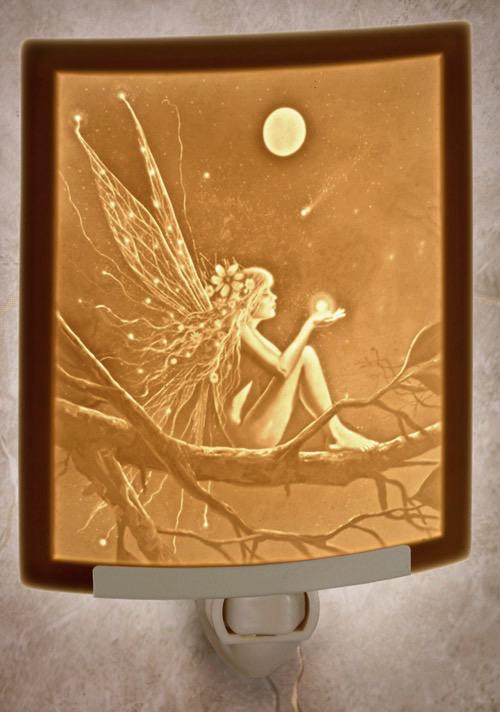 Rare Earth Gallery CATCH A FALLING STAR (Lithophane Nightlight)