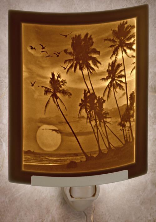Rare Earth Gallery TROPICAL SUNSET (Lithophane Nightlight)