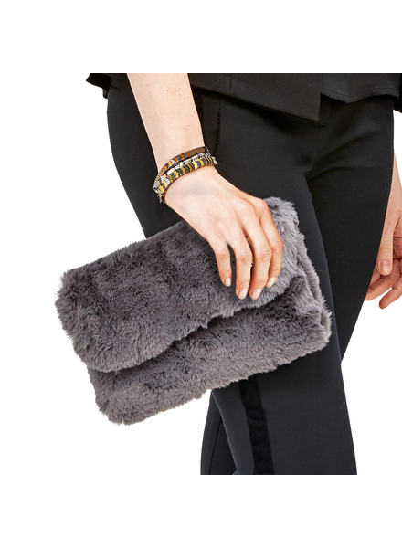 Two's Faux Fur Chain Bag