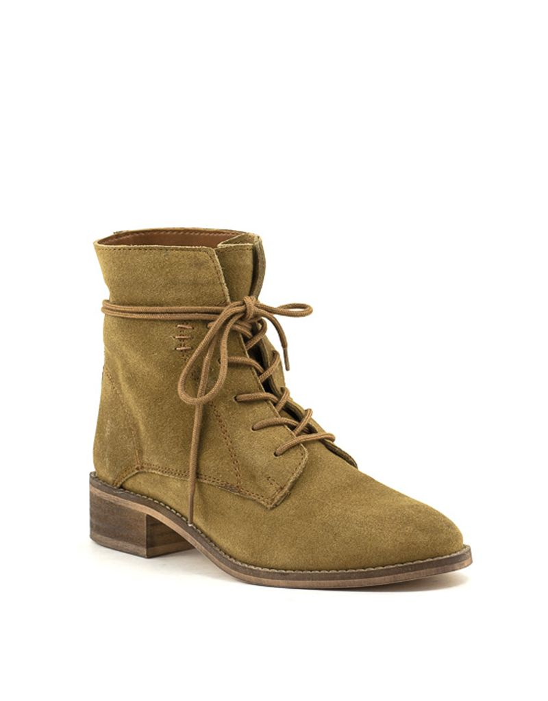 ed778ec056a Steve Madden Steve Madden Roosy Tan Suede Lace-Up Boot